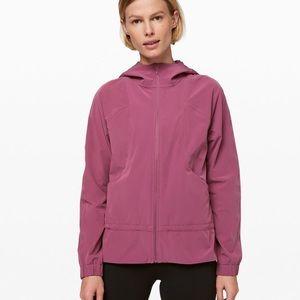 Lululemon sz 8 plumful pack it up jacket sz 8